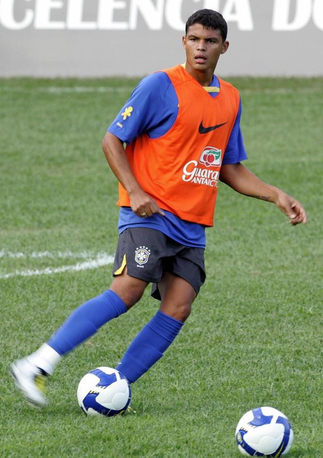 Đội trưởng Brazil Thiago Silva từng suýt chết ở Nga - ảnh 6
