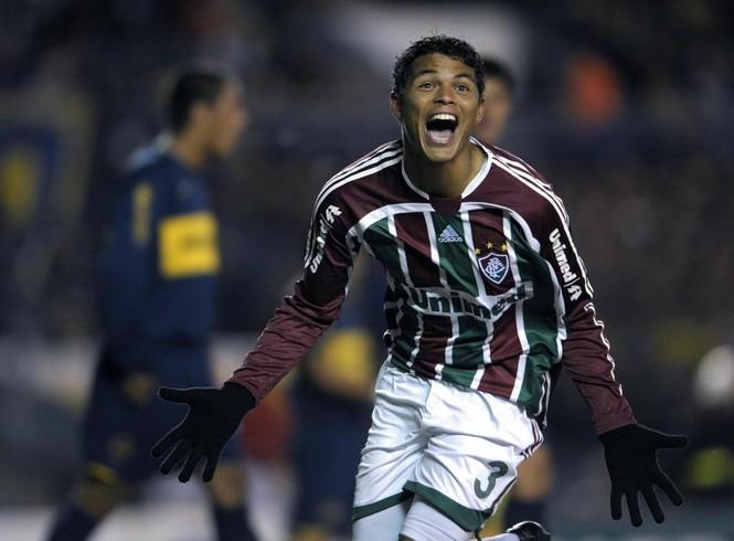 Đội trưởng Brazil Thiago Silva từng suýt chết ở Nga - ảnh 1