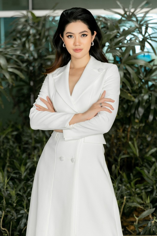 Showbiz 6/5: Hoàng Thùy bỏ thi Miss Supranational, Trương Thế Vinh, Thùy Ngân bị tố hẹn hò - ảnh 2