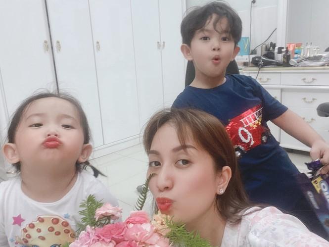 Showbiz 25/6: Thúy Vân thông báo kết hôn giữa nghi vấn mang thai - ảnh 11
