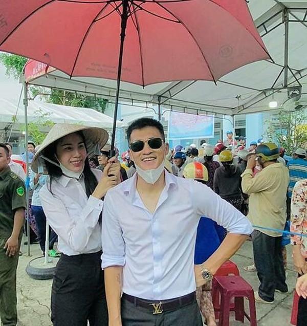 Showbiz 29/6: Nghi vấn Hoài Lâm về quê bán cafe vỉa hè mưu sinh - ảnh 18