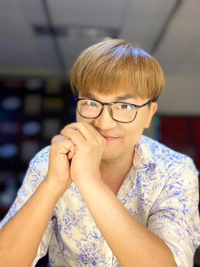 Showbiz 21/7: MC Đại Nghĩa tổ chức mổ mắt miễn phí cho người nghèo - ảnh 6