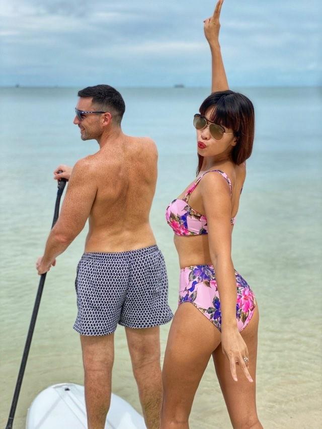 Hà Anh kỷ niệm 4 năm ngày cưới sau cách ly, Hương Giang khoe ảnh bikini nóng bỏng - ảnh 12