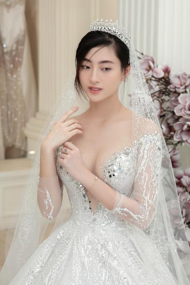 Hà Anh kỷ niệm 4 năm ngày cưới sau cách ly, Hương Giang khoe ảnh bikini nóng bỏng - ảnh 10