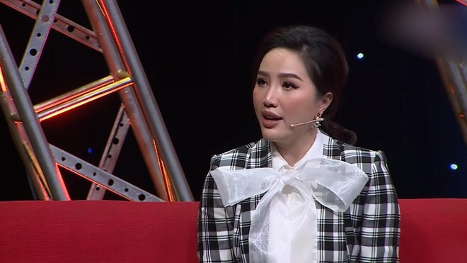Trường Giang phủ sóng nhiều game show, Thanh Hằng diện vest không nội y - ảnh 22