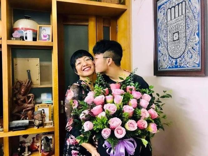 Lã Thanh Huyền đổi kiểu tóc dịu dàng nữ tính, Cao Thái Sơn bất ngờ đăng status tiêu cực - ảnh 7