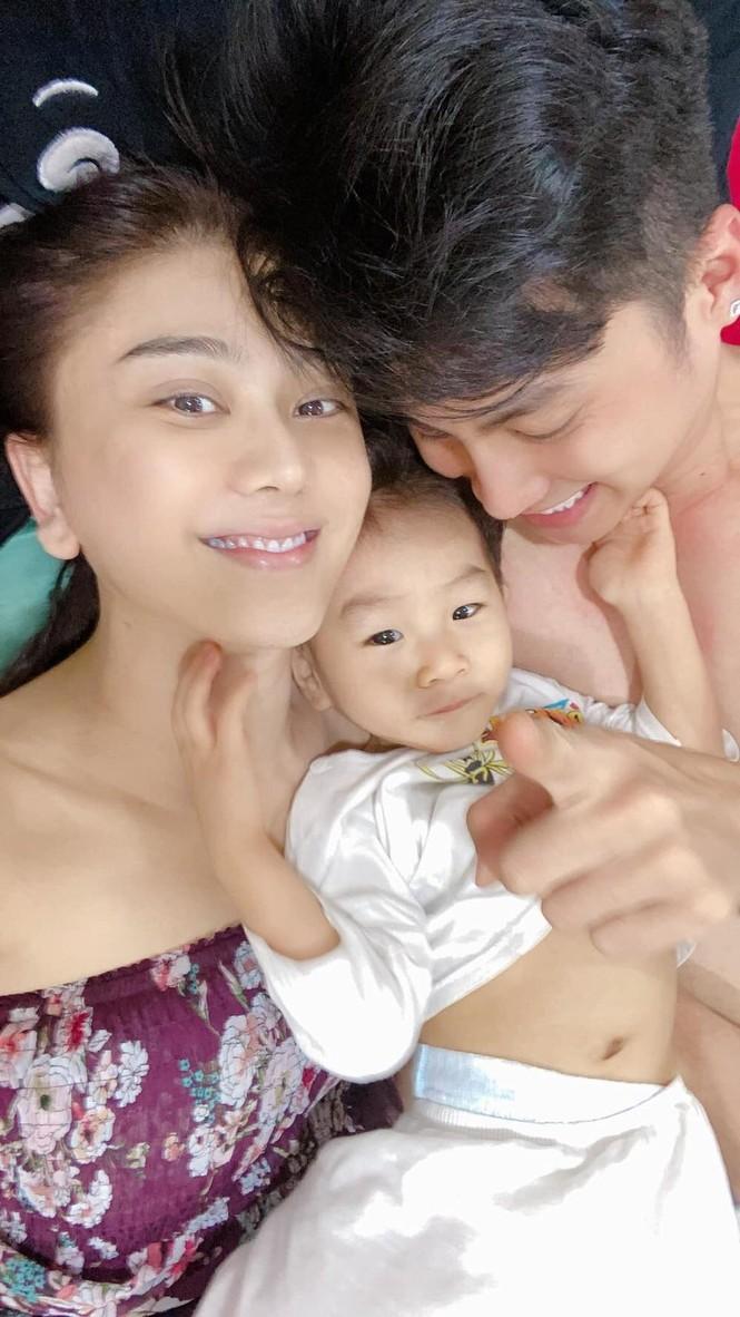 Lã Thanh Huyền đổi kiểu tóc dịu dàng nữ tính, Cao Thái Sơn bất ngờ đăng status tiêu cực - ảnh 16
