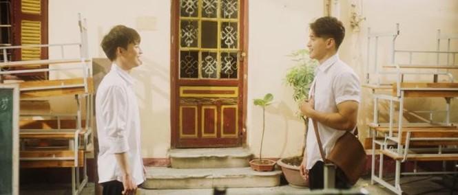 Khởi My bức xúc khi bị fan đòi quà, diễn viên Hoàng Yến tung bộ ảnh trẻ trung ở tuổi 44 - ảnh 4
