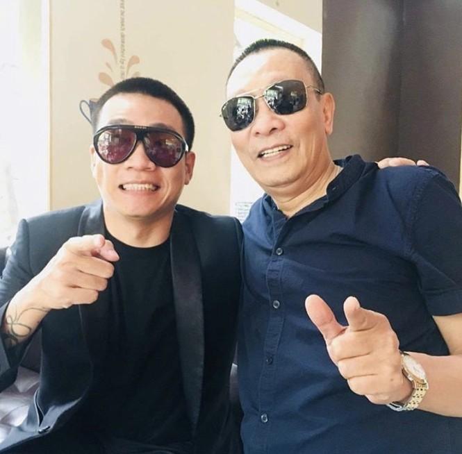 """Hương Giang """"tình tứ"""" trên du thuyền cùng bạn trai - ảnh 5"""
