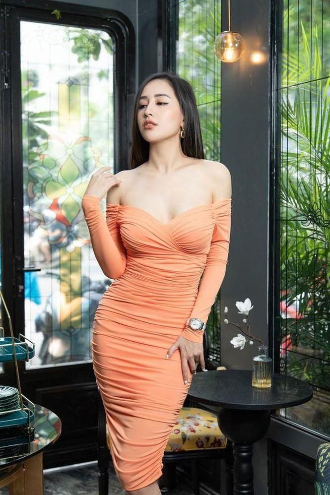 Mai Phương Thúy khoe ảnh diện váy bó sát, Lưu Hương Giang bị con gái tố đụng chạm dao kéo - ảnh 6