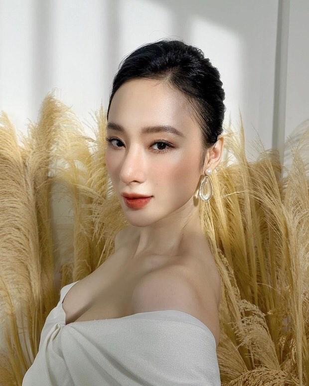 Thủy Tiên bị ông xã ngó lơ khi biển diễn, Angela Phương Trinh bất ngờ diện váy gợi cảm - ảnh 5