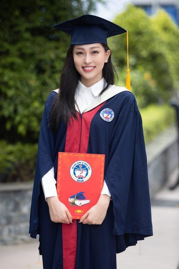 Á hậu Phương Nga tốt nghiệp Đại học; Nỗ lực làm việc thiện, Khánh Vân vẫn bị nói giả tạo - ảnh 4