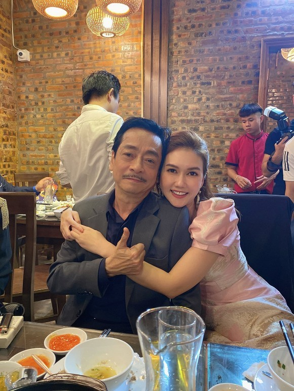 Sao Việt gửi lời chúc mừng tới thầy cô nhân ngày 20/11; Thúy Ngân đăng ảnh thả thính - ảnh 12