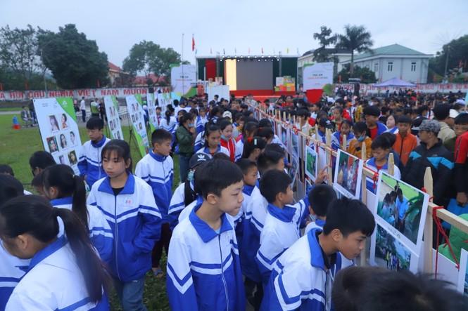 Hari Won, H'Hen Niê tuyên truyền chống tảo hôn tại Hà Giang - ảnh 5