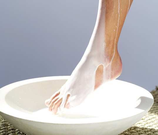 Bí quyết để có đôi chân đẹp miên man - ảnh 2