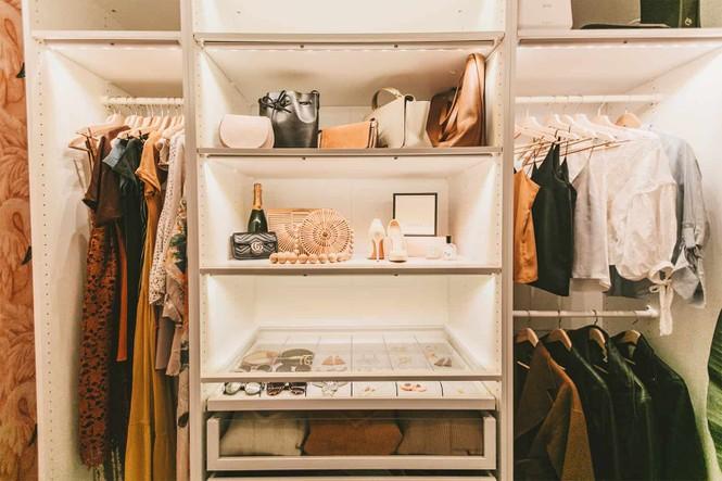 Làm sao để có một tủ quần áo thật hoành tráng và