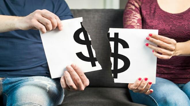 Giữ túi tiền vượt qua mùa dịch, làm tiền bao nhiêu cũng sẽ có dư nếu biết cách - ảnh 1