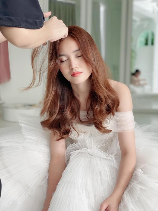 Thu Quỳnh bất ngờ trở lại với mái tóc thời 'My sói' gây 'bão' mạng xã hội - ảnh 10