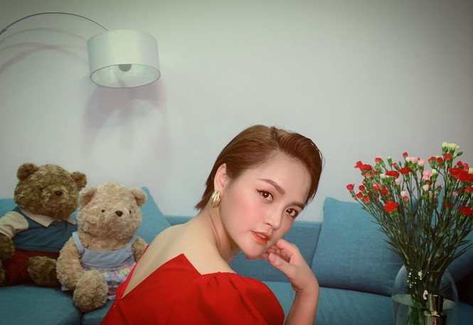 Thu Quỳnh bất ngờ trở lại với mái tóc thời 'My sói' gây 'bão' mạng xã hội - ảnh 1