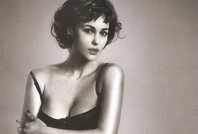 Chiêm ngưỡng biểu tượng sắc đẹp Monica Bellucci thời hoàng kim - ảnh 3