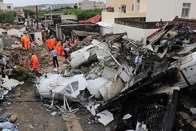 Những vụ tai nạn máy bay thảm khốc khi hạ cánh - ảnh 1