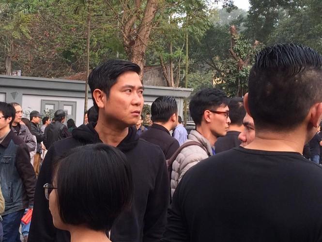 Ca sĩ Mỹ Dung, Minh Quân khóc như mưa ở đám tang Trần Lập - ảnh 15