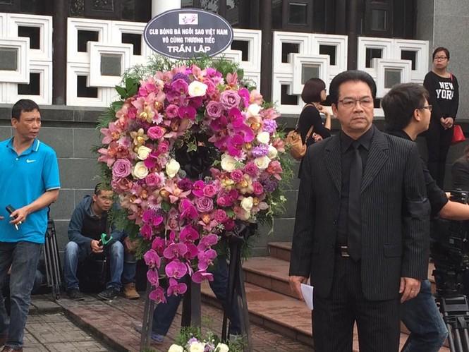 Ca sĩ Mỹ Dung, Minh Quân khóc như mưa ở đám tang Trần Lập - ảnh 18