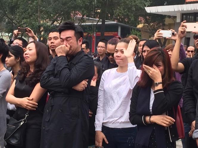 Ca sĩ Mỹ Dung, Minh Quân khóc như mưa ở đám tang Trần Lập - ảnh 3