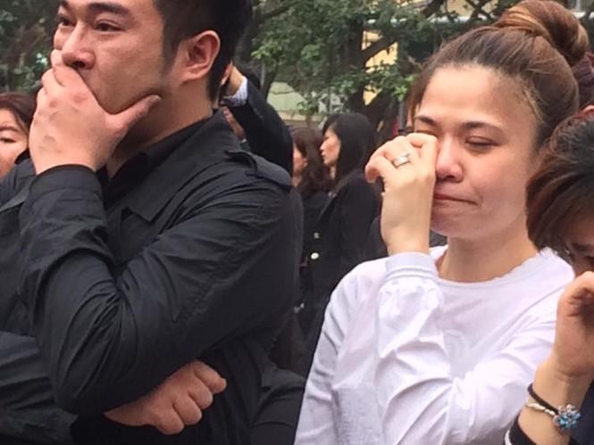 Ca sĩ Mỹ Dung, Minh Quân khóc như mưa ở đám tang Trần Lập - ảnh 5