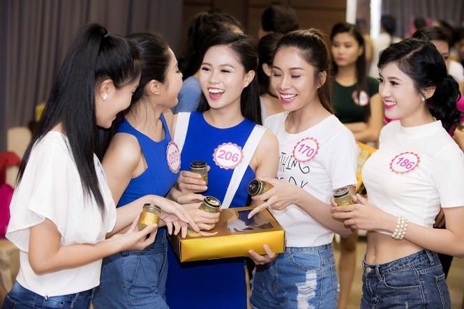 Bí quyết giữ sức khỏe của Top 30 Chung khảo phía Nam HHVN - ảnh 2