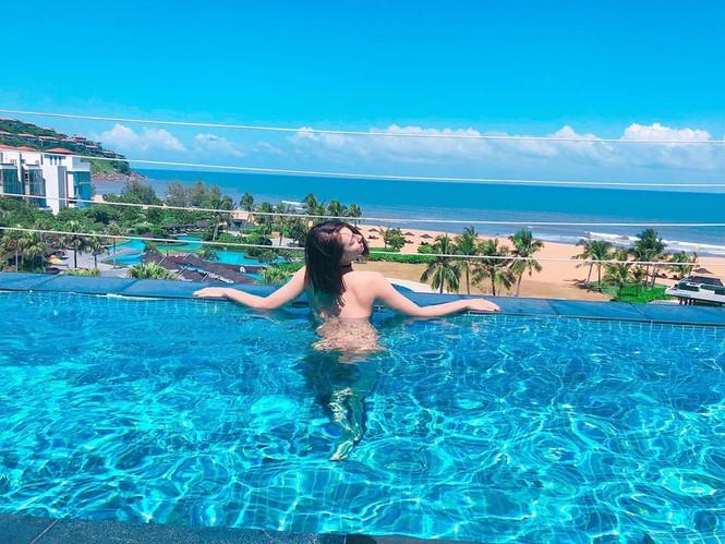 Hồng Quế đăng ảnh nude phản cảm dưới bể bơi gây 'sốc' - ảnh 2