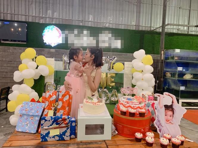Sau 1 năm điều trị ung thư, Mai Phương được đón sinh nhật con ngoài bệnh viện - ảnh 3