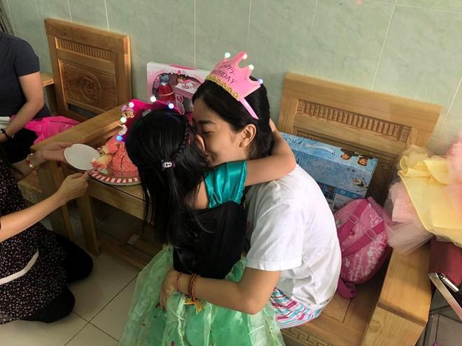 Sau 1 năm điều trị ung thư, Mai Phương được đón sinh nhật con ngoài bệnh viện - ảnh 6