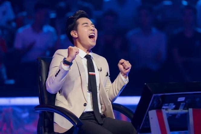 Sự cố chưa từng có trong 'Ai là triệu phú': Người chơi 'cướp mic' MC Phan Đăng - ảnh 1