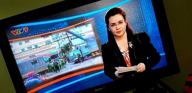 BTV VTV24 hé lộ loạt hậu trường trên sóng truyền hình khiến người xem 'ngã ngửa' - ảnh 2