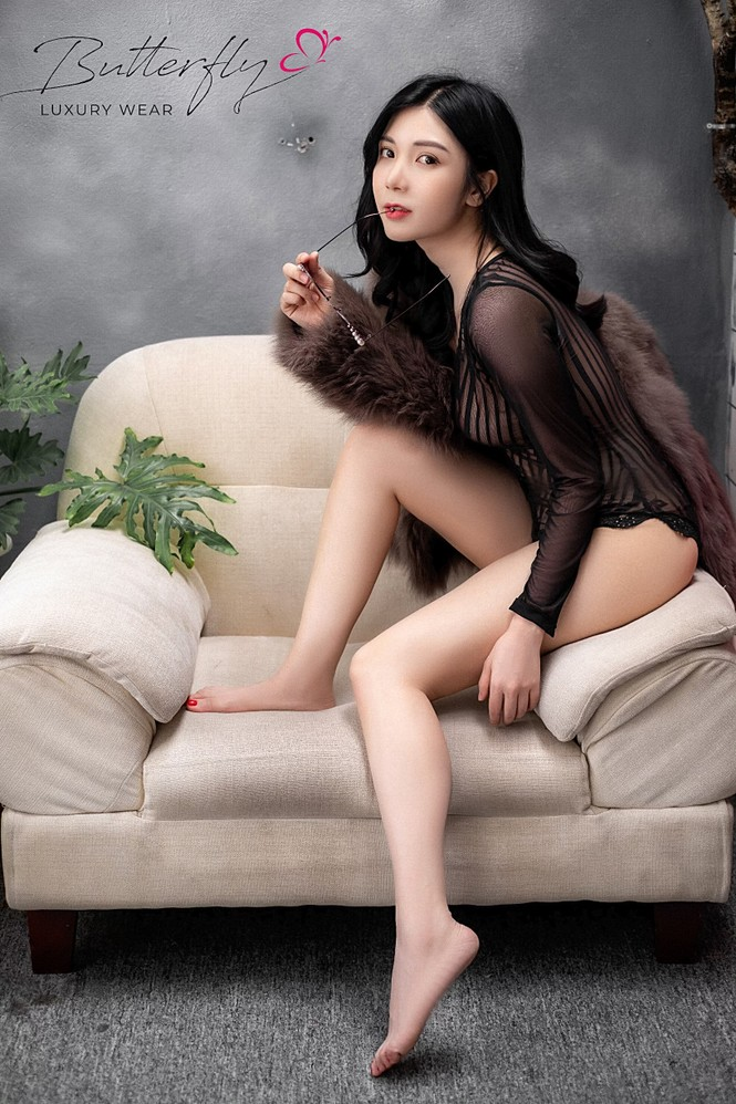 Thanh Bi diện áo tắm ren xuyên thấu cực sexy - ảnh 4