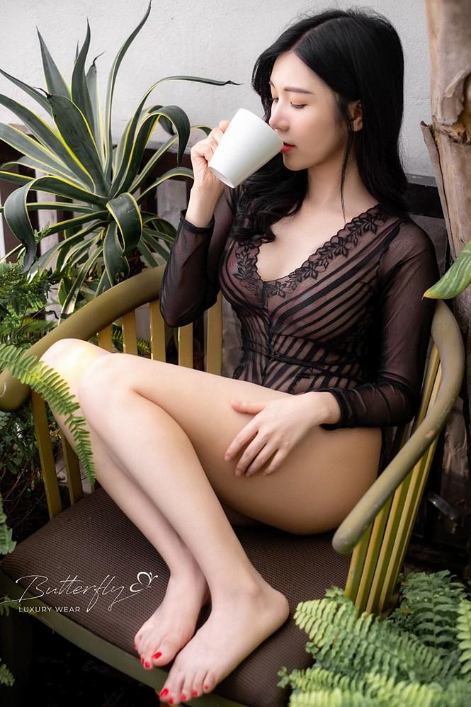 Thanh Bi diện áo tắm ren xuyên thấu cực sexy - ảnh 3