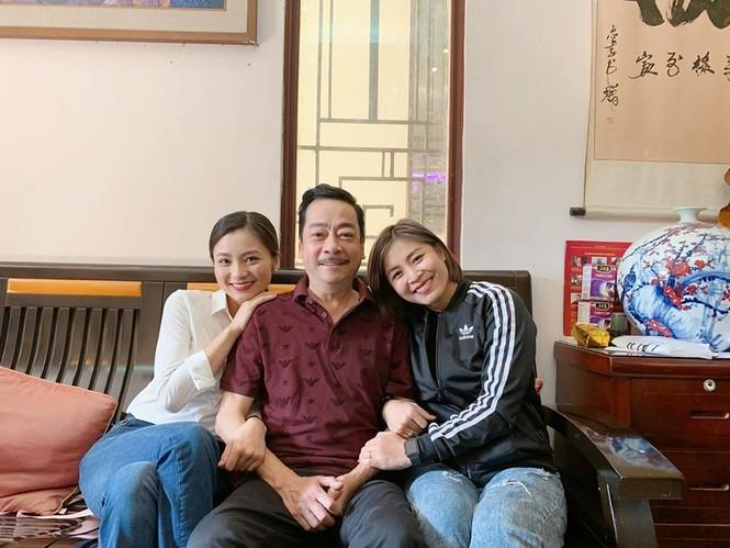 MC Hoàng Linh bất ngờ tiết lộ quan hệ với NSND Hoàng Dũng  - ảnh 2