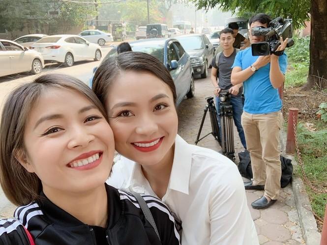 MC Hoàng Linh bất ngờ tiết lộ quan hệ với NSND Hoàng Dũng  - ảnh 3