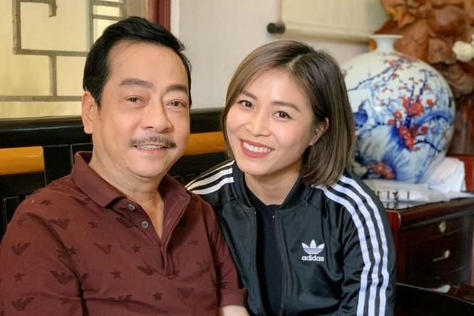 Showbiz 7/11: Phan Văn Đức và bạn gái hotgirl làm đám hỏi vào tháng sau - ảnh 2