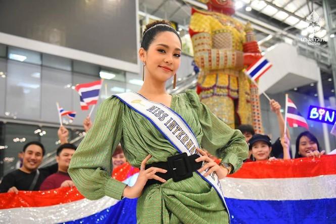 Nhan sắc thiên thần của người đẹp Thái Lan vừa đăng quang Hoa hậu Quốc tế 2019  - ảnh 2