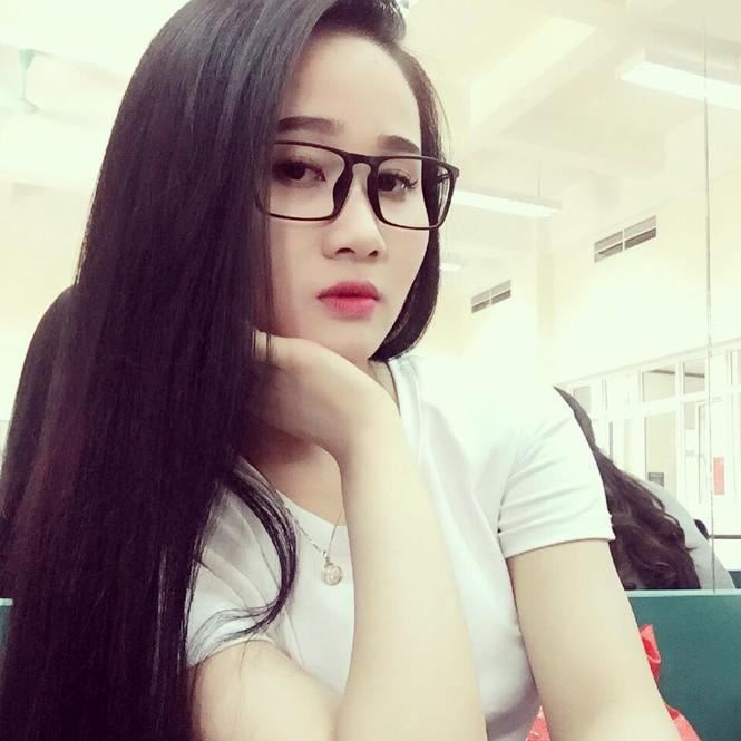 Điểm danh bạn gái các tuyển thủ Việt Nam làm giáo viên - ảnh 3