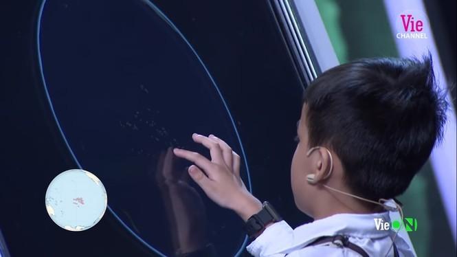Showbiz 24/11: Nhã Phương tiết lộ lý do không công khai ảnh con gái - ảnh 2