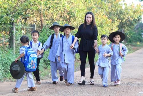 Căn hộ giản dị đến bất ngờ của Phi Nhung tại Mỹ - ảnh 5