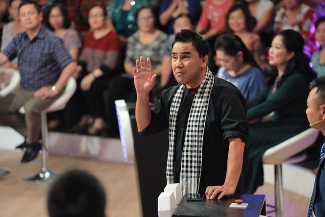 MC Quyền Linh kể kỉ niệm suýt chết khi đóng phim 'Đồng tiền xương máu' - ảnh 1
