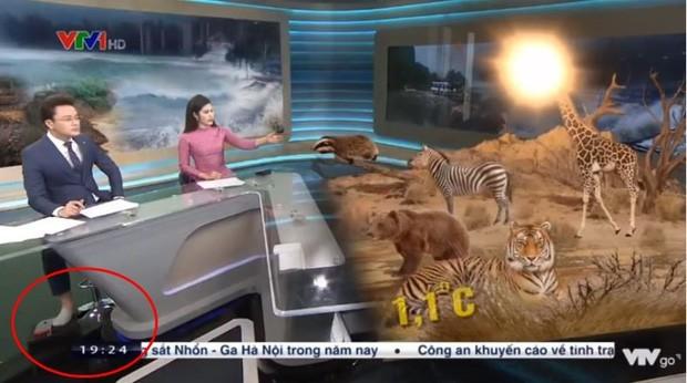 Showbiz 18/12: Công Vinh-Thủy Tiên bị chỉ trích vì clip 'đập hộp quà sinh nhật' - ảnh 2