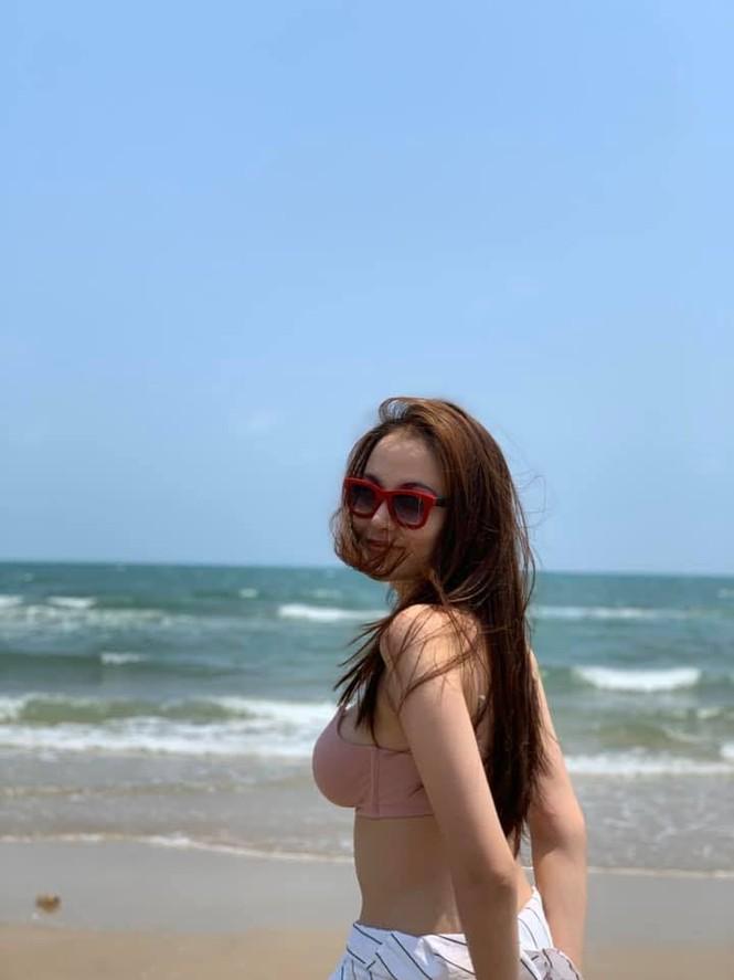 Diễm Hương tung ảnh bikini 'bỏng rẫy', đáp trả khi bị 'gạ' 30.000 USD - ảnh 7
