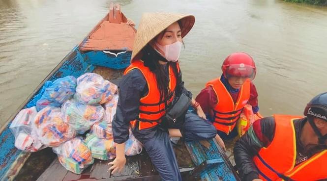 Danh hài Hoài Linh quyên góp được 1,5 tỷ ủng hộ miền Trung sau chưa đến 1 ngày kêu gọi - ảnh 1