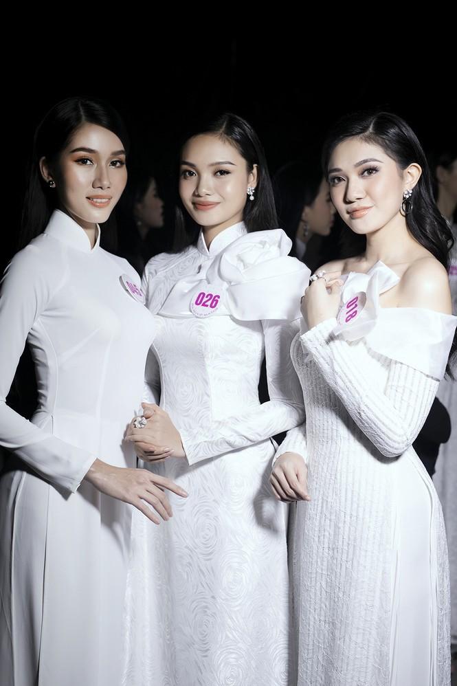 Hai cô gái xứ Thanh tuổi 19 vào Chung kết Hoa hậu Việt Nam 2020 - ảnh 7