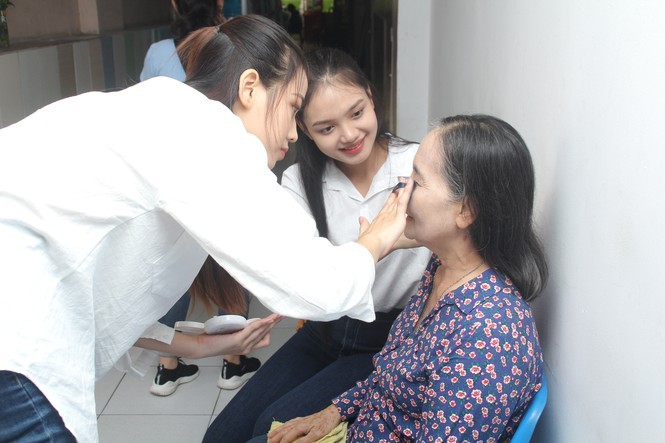 Hai cô gái xứ Thanh tuổi 19 vào Chung kết Hoa hậu Việt Nam 2020 - ảnh 8